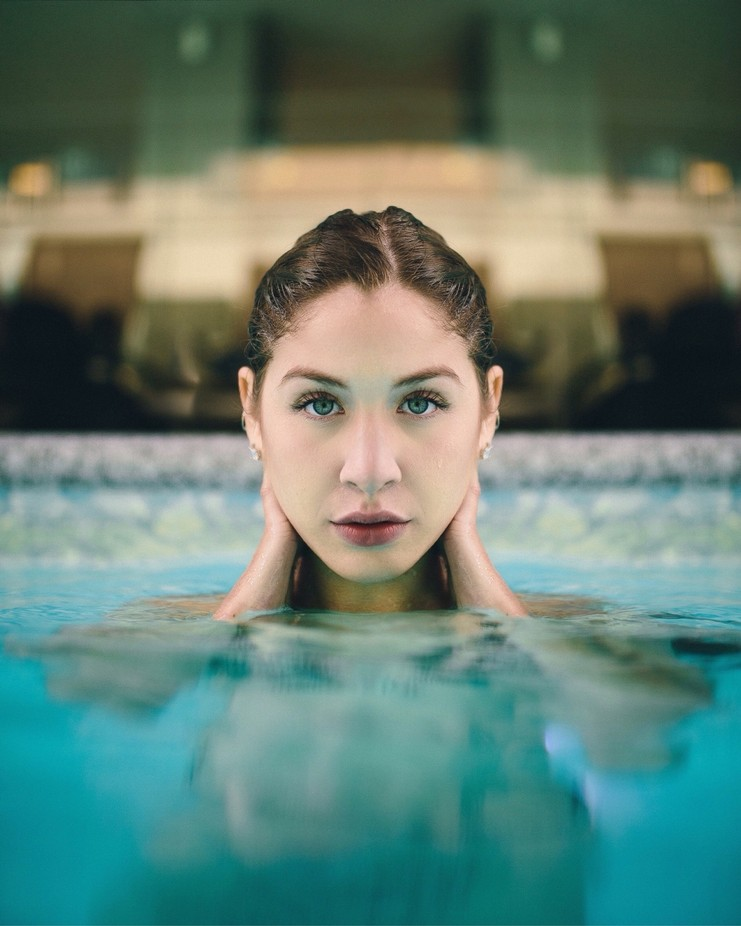 My muse at the Sheraton @portraitmeet: Sami Farina by canahtam - People And Water Photo Contest 2017