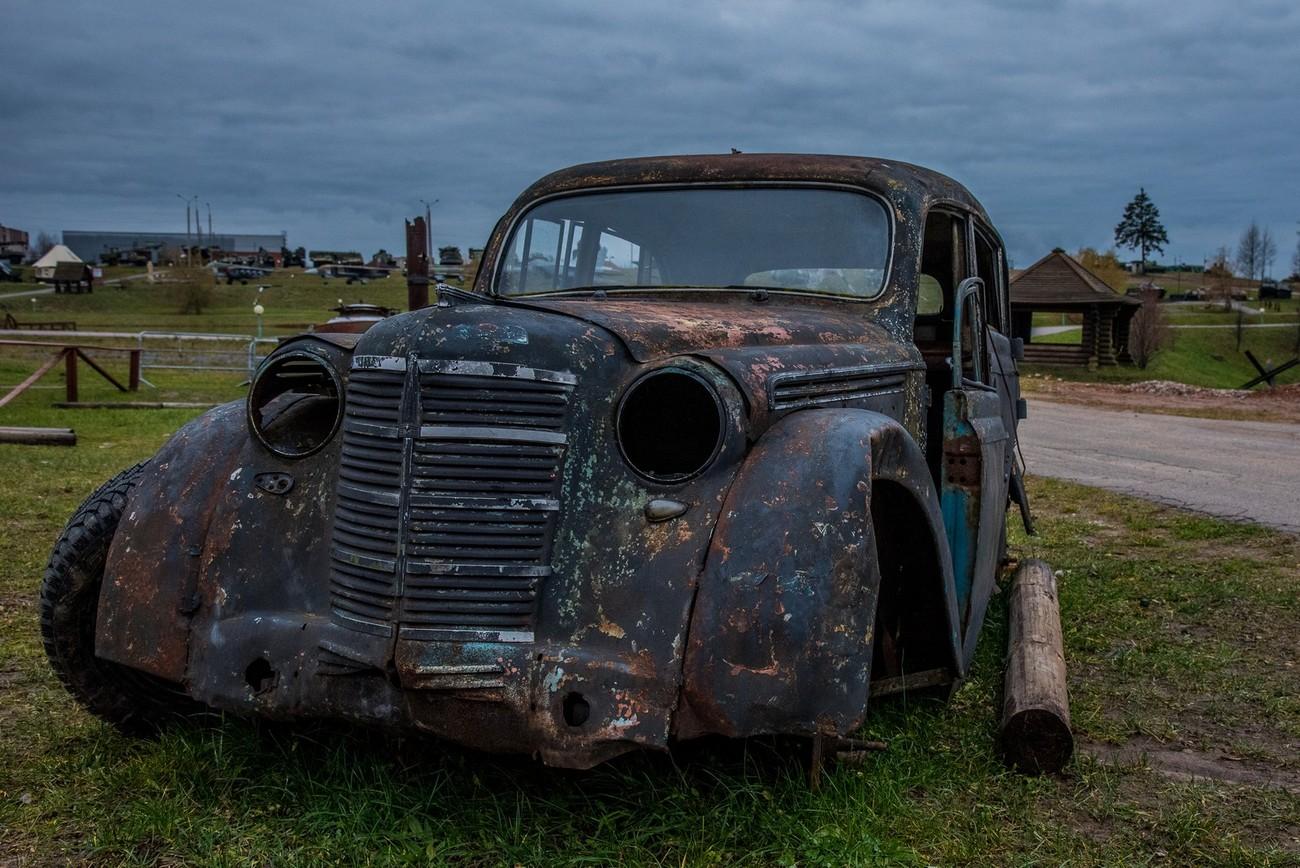 a car in War Memorial Museum near Minsk