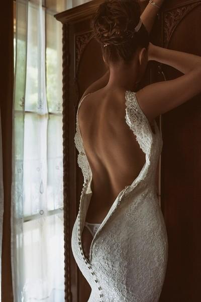 Kiara in the wedding dress