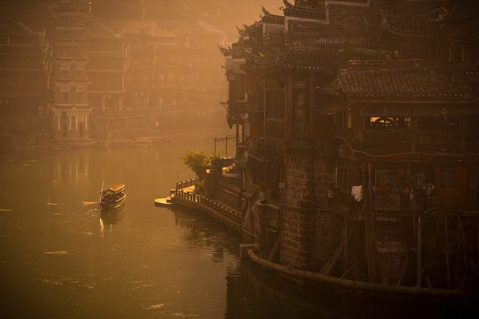 Fenghuang by wojciech_toman - Canals Photo Contest