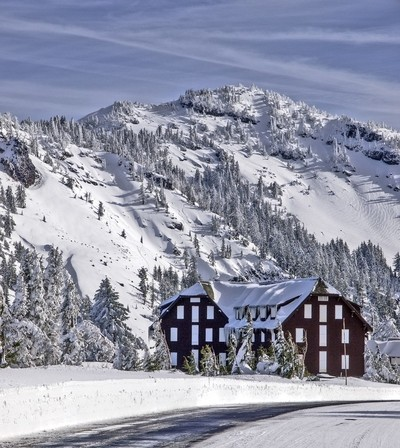 Crater Lake Lodge Closed for the Winter