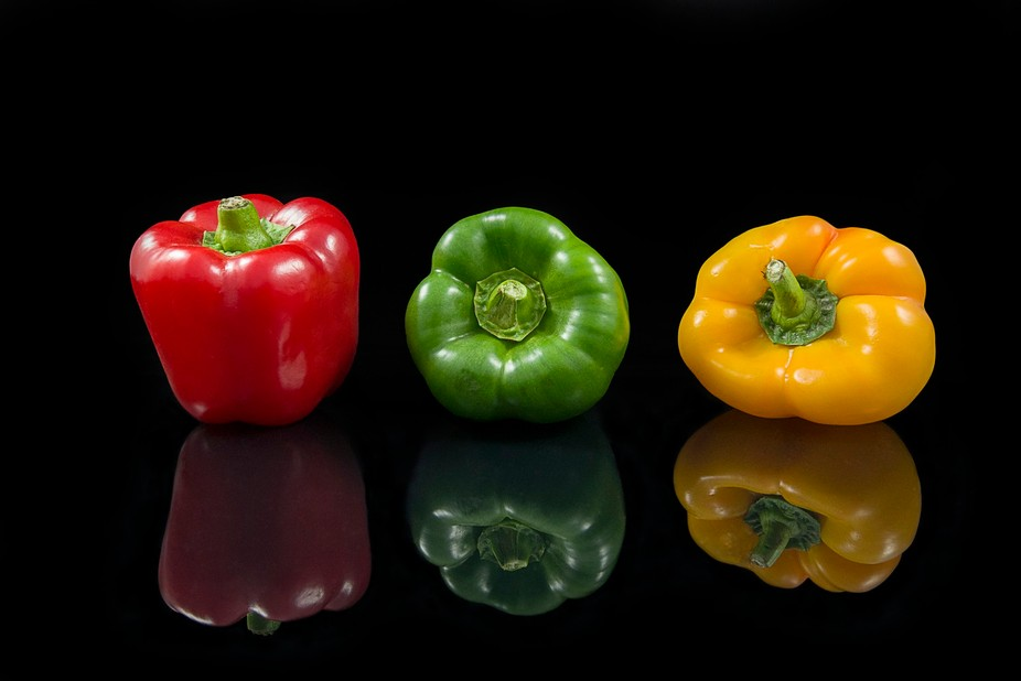 20Feb2017_7878 copy Red, Green & Yellow Peppers