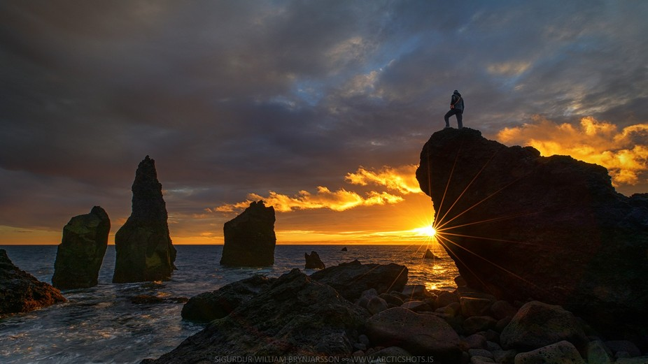 Just had to do a selfie during the amazing sunset I got by Valhnukar on the Reykjanes peninsula t...