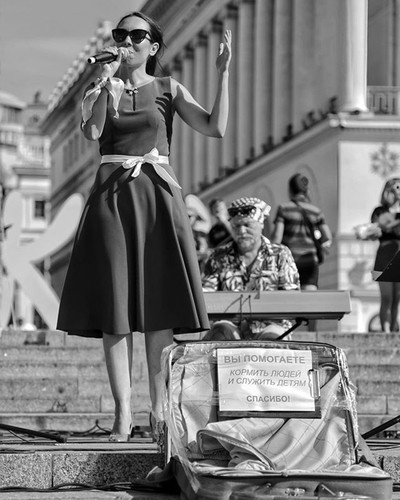 #bravogreatphoto #pic_poem #_ax_honari_ #topcaptures #киев #portrait_vision  #pr0ject_uno #portraitpage #thstreetlife #photoaxgram #ak_30  #pic_firik_ #agameoftones #exploremore #улица #ourmoodydays #visualambassadors #bleachmyfilm #kiev #moodyports  #lif
