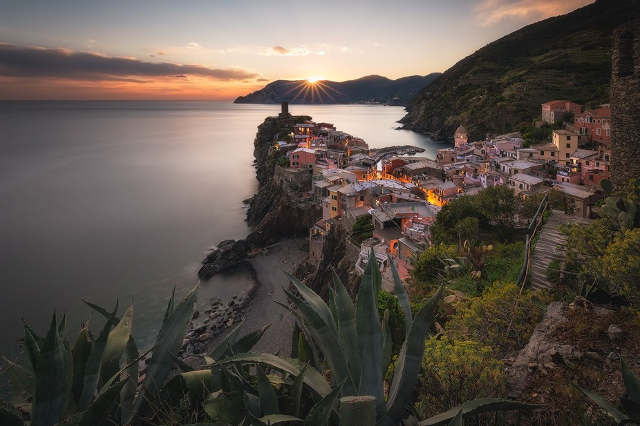 Vernazza, the wonderful Italian village, during the sunset.  Follow me: https://www.facebook.com/...