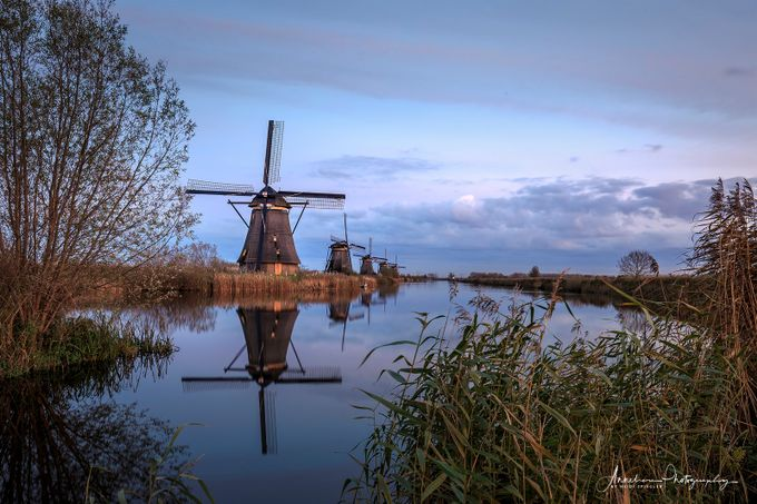 Die Windmühlen von Kinderdijk by Anneliese-Photography - Canals Photo Contest