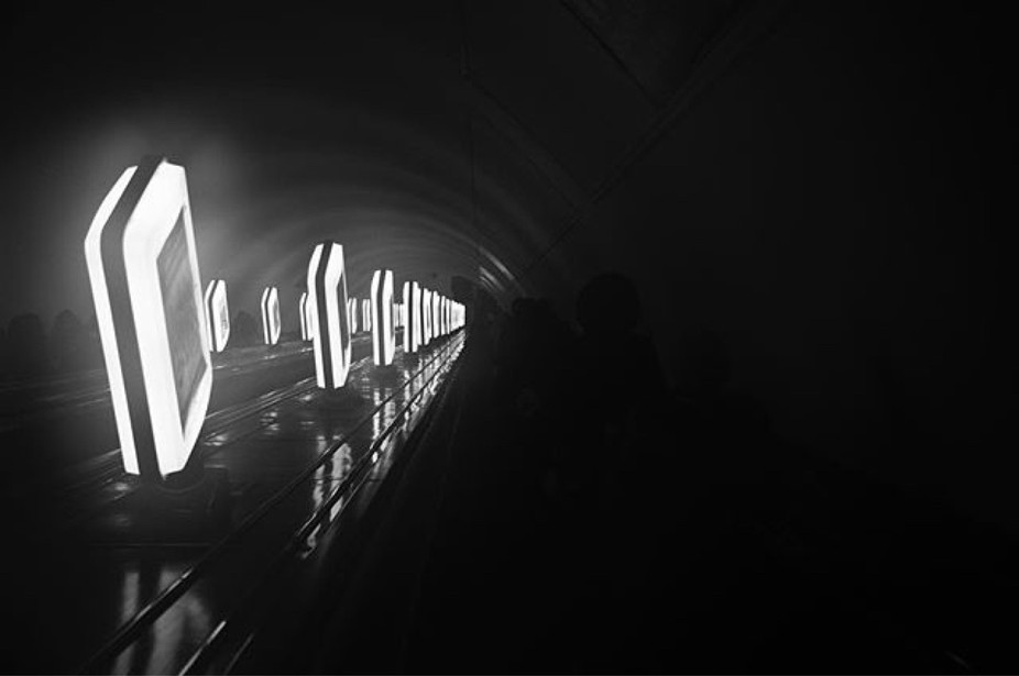 Мэтро ------- #киев #украина #kiev #metro #art #blackandwhite #travel #ukrain
