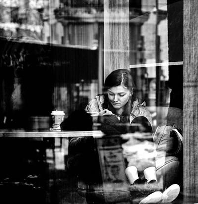 С Днем Святого Валентина ---------------------------------------- #валентина #artpic #blackandwhite #art #kiev #kievgram #valentines #photoaxgram #istgah_honar #thstreetlife #honar_dostan #bravogreatphoto #pic_poem #_ax_honari_ #topcaptures #globe_people