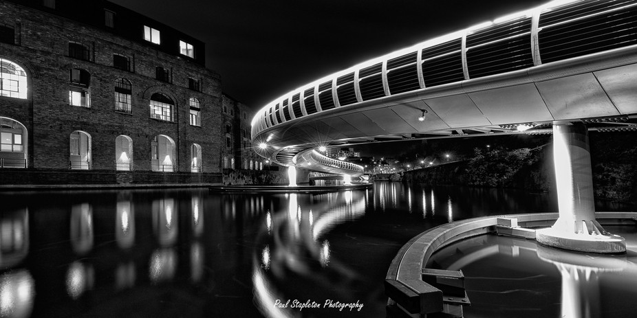 Finzels Bridge B&W