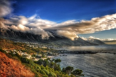 Cape Town road to Hout bay