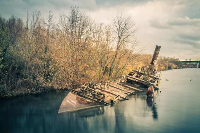 Wreck by Jean-Charles - Monthly Pro Vol 38 Photo Contest