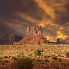Dramatic sky in Monument Valley