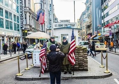 Checkpoint Charlie  #seeberlin  #visitberlin  #checkpointcharlie  #berlincheckpointcharlie  #checkpointcharliemuseum