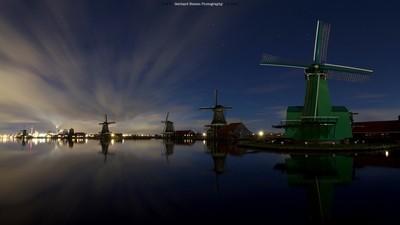 Night @ the windmills