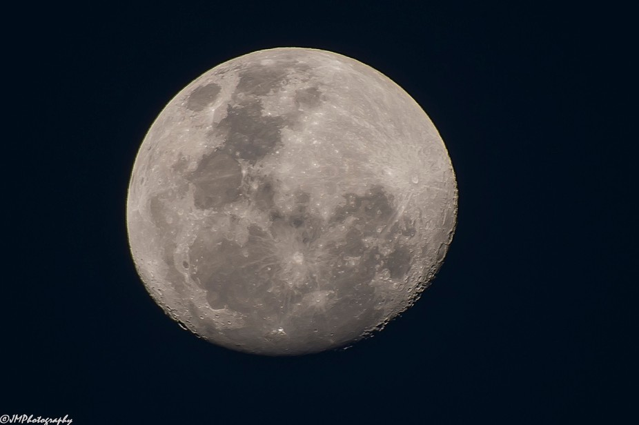 Testing out a new lens for the anticipated super moon on the 2nd and 3rd of December.