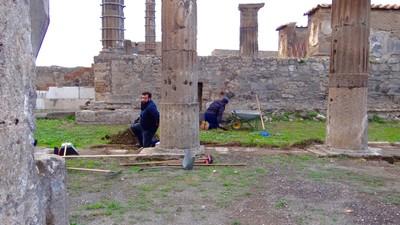 Digging in  Pompeii