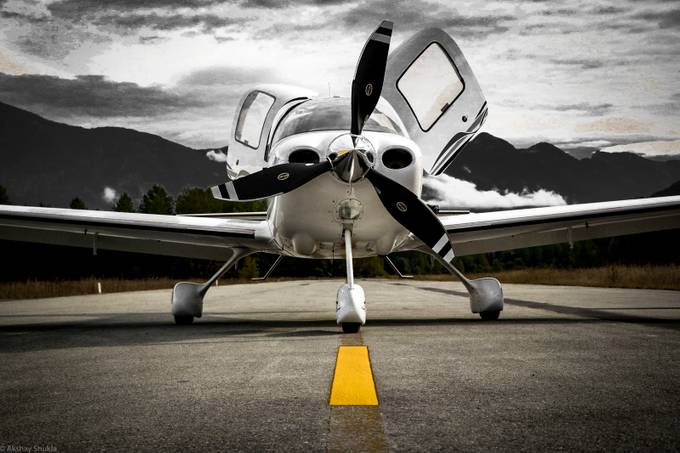 Cirrus SR22 beautiful machine and nice lighting after a great flight.
