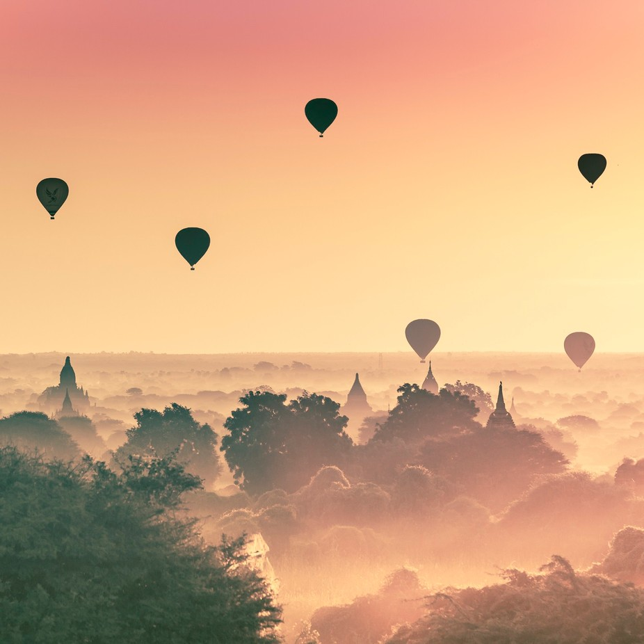 Sunrise in Bagan by manda0102 - Show Balloons Photo Contest