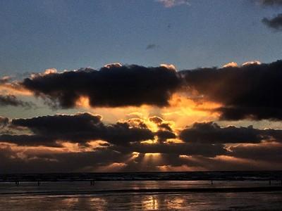 Razor Claming at Sunset