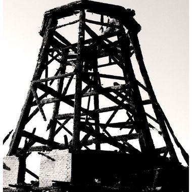 old windmill was victim of the flames