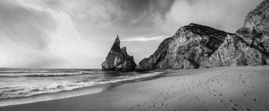 Amazing beach rounded of peaks in Portugal