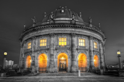 Bode-Museum | Black and White with Colour
