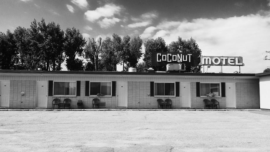 Coconut Motel, Trois-Rivières, Québec.