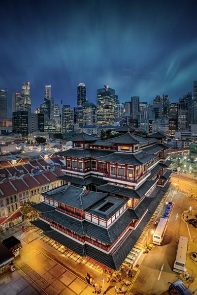 Singapore contrast into Light