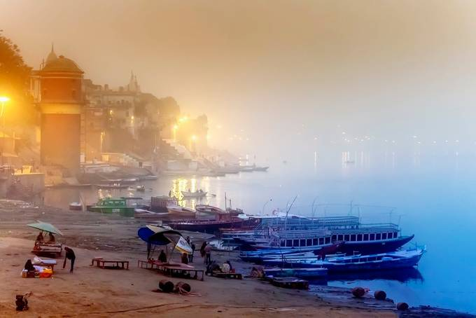 The city of Varanasi on a misty cold winters morning. by leonhugo - Fog And City Photo Contest
