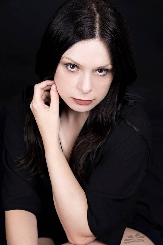 model:Sara Violet studio: studio54