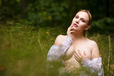 Lily white -a portrait