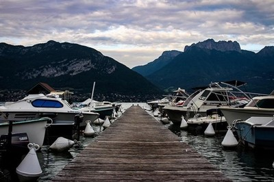 #pier #boats #mountains #canonphotography #canonphoto #canon700d