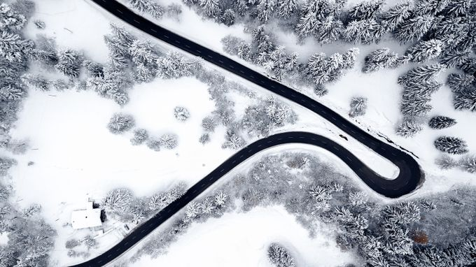 Lines by JCSimoes - The Cold Winter Photo Contest