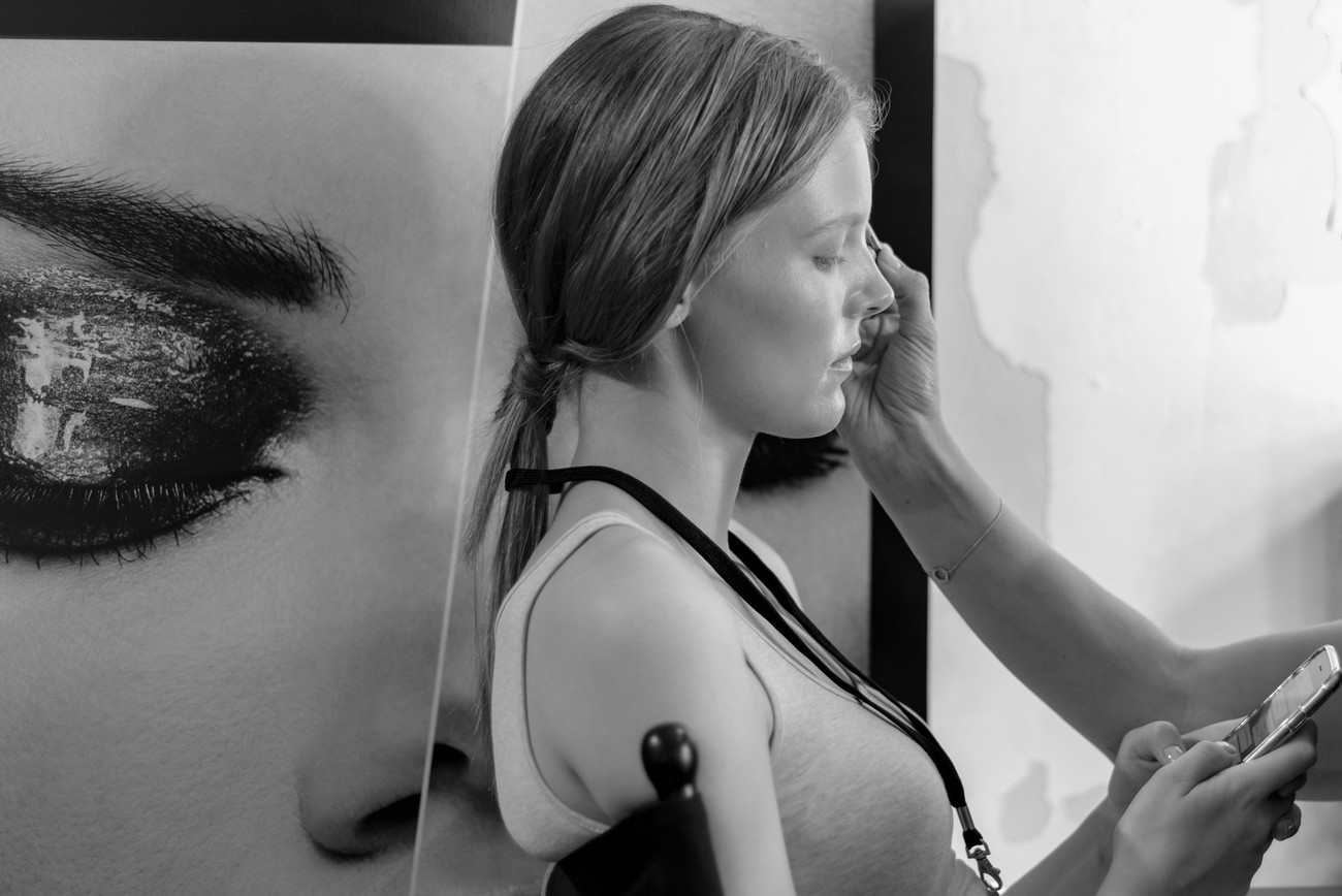 Berlin-fashion week-I could shoot backstage and could see the job from the models, hairstylists and visagists