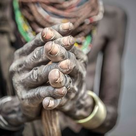 Detail of the hands of an elderly Nyangatom woman (Omo Valley, Ethiopia)