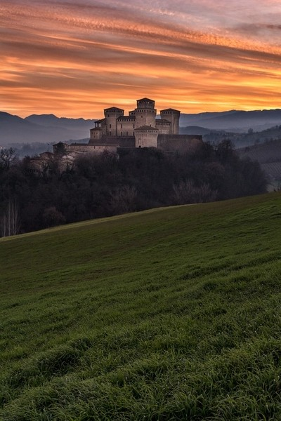 Torrechiara sunset