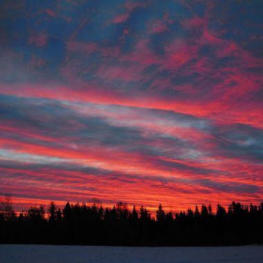 Took this at home, amazing sunrise Nikon 6500 SV