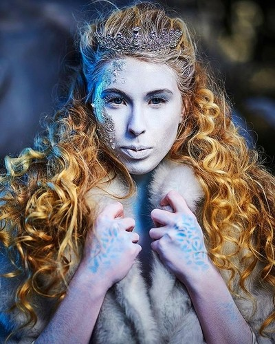 Cold as Ice . . Model @adriennejayemodel MUA @emilyanneartistry . . . #pursuitofportraits #artofportrait #portrait_mf #doports #portraitliving #portraitsfromtheworld #earth_portraits #portraitvision #majestic_people #discoverportrait #portraitsquad #way2i