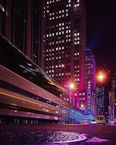 These lights will inspire you . . . . . #radiocitymusichall #newyork #rockefellercenter #longexposure #shotzdelight #savageframes #edgygrams #visualshotz #jaw_dropping_shots #dopeclickz #depthobsessed #moodygrams #ig_underdogz #agameoftones #all2epic #all