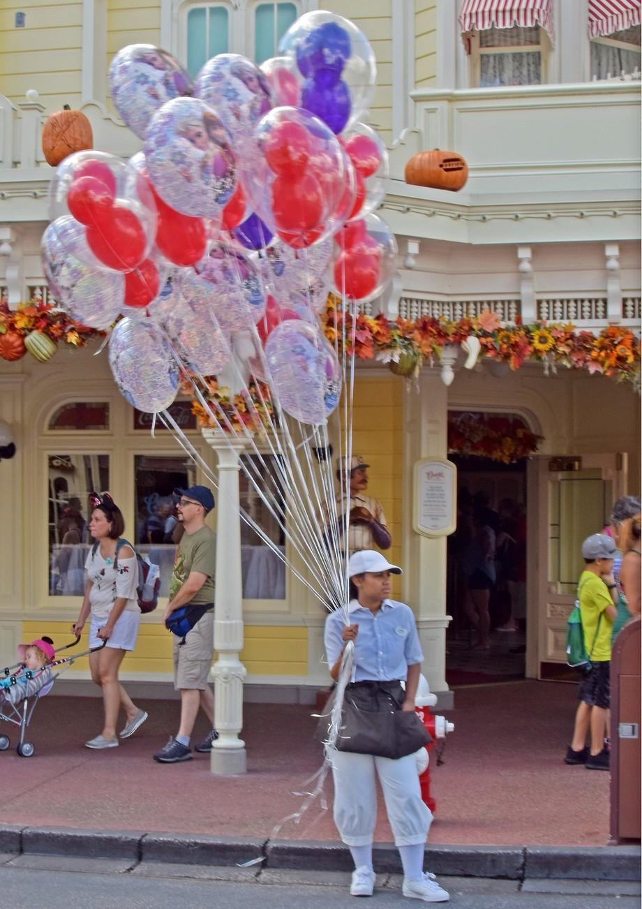 Main street balloon seller at Magic Kingdom