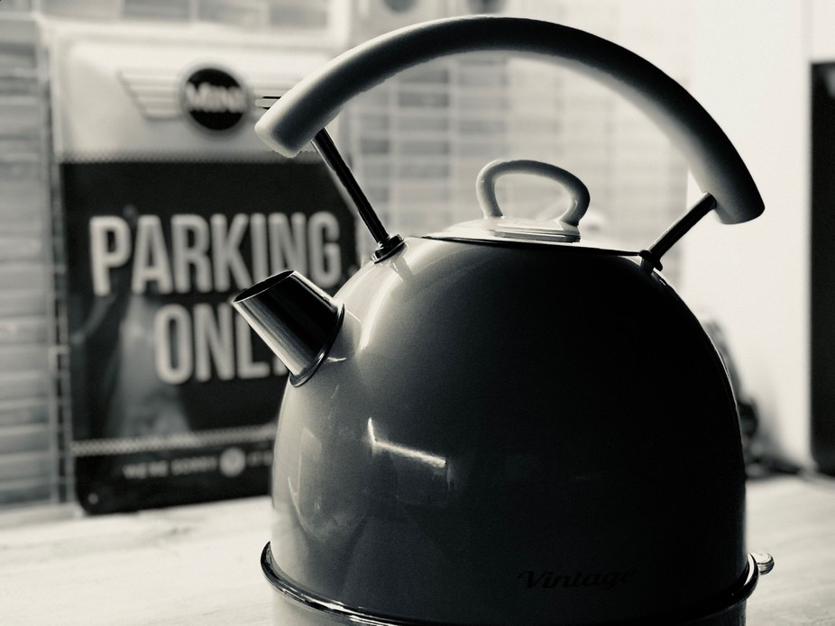 2 of my favorits - Mini (cooper) and tea. (Shot with Iphone 7Plus)