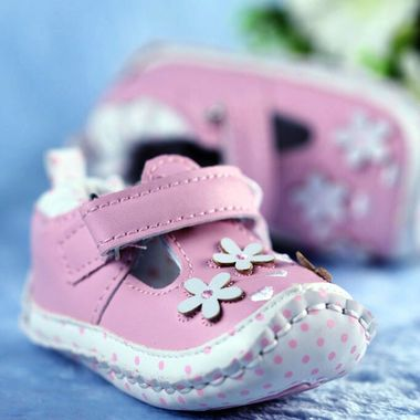 Beautiful pink baby shoes