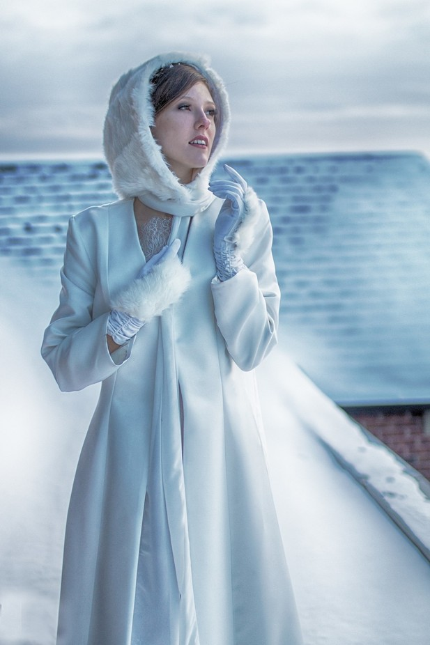On the roof Dreamy look by Promakeupbynatasha - Gloves Photo Contest