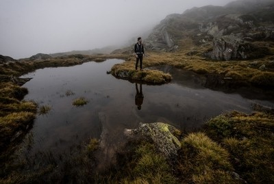 If you think away the clouds, this would be an epic landscape with a breath taking glacier in the back ... but there are clouds. So it's just me standing in front of a big puddle.