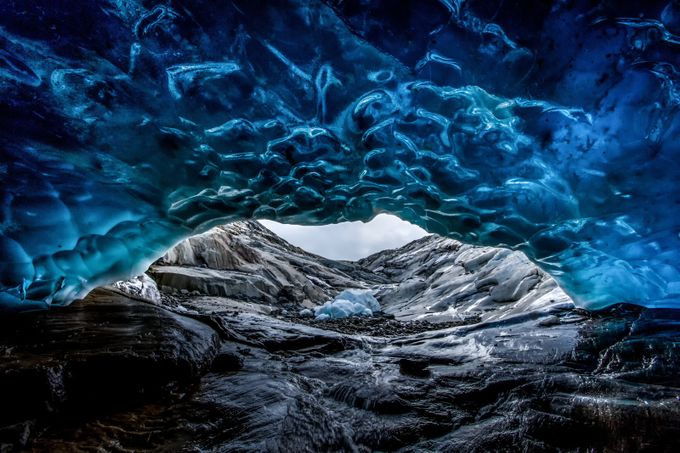 Ice cave by whaevamakesuhappy - Creative Compositions Photo Contest Vol5