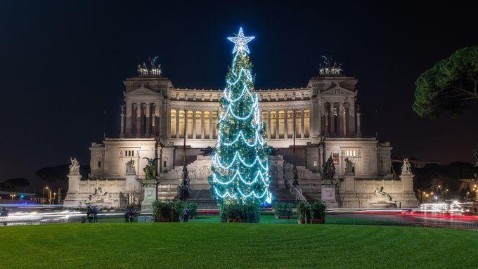 Roma Natale al Vittoriano by Dflorenzi - Holiday Lights Photo Contest 2017