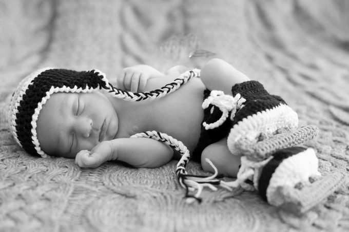 12654119_1744997749057272_4951502470717457142_n by sweetvegas53 - Babies In Black And White Photo Contest