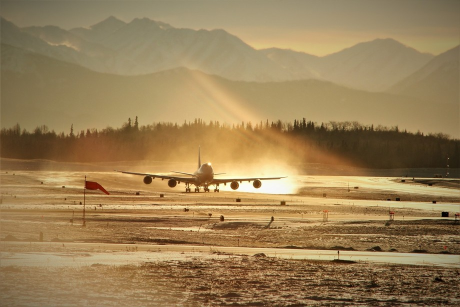 beautiful cold morning out here at Anchorage International Airport.