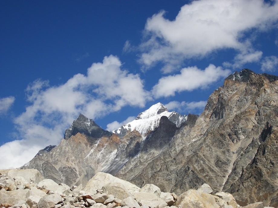 The High Peaks of Tapovan