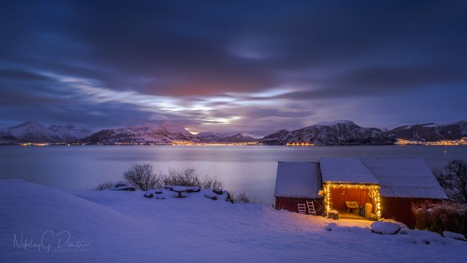 Christmas time by nikolaydimitrov - Stillness Photo Contest